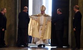 Franciszek otworzył Drzwi Święte