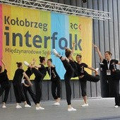 Interfolk trwa